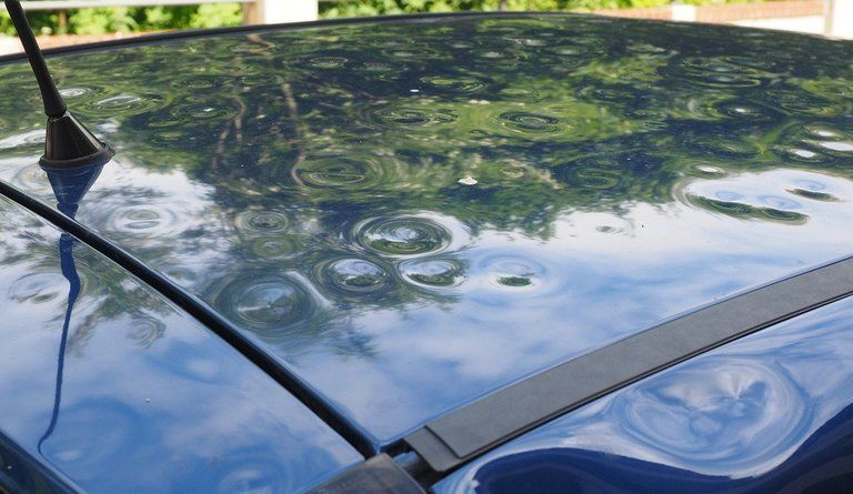 пострадалот градушка автомобил